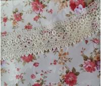 полиэстэровая скатерть из бахрамой круглая